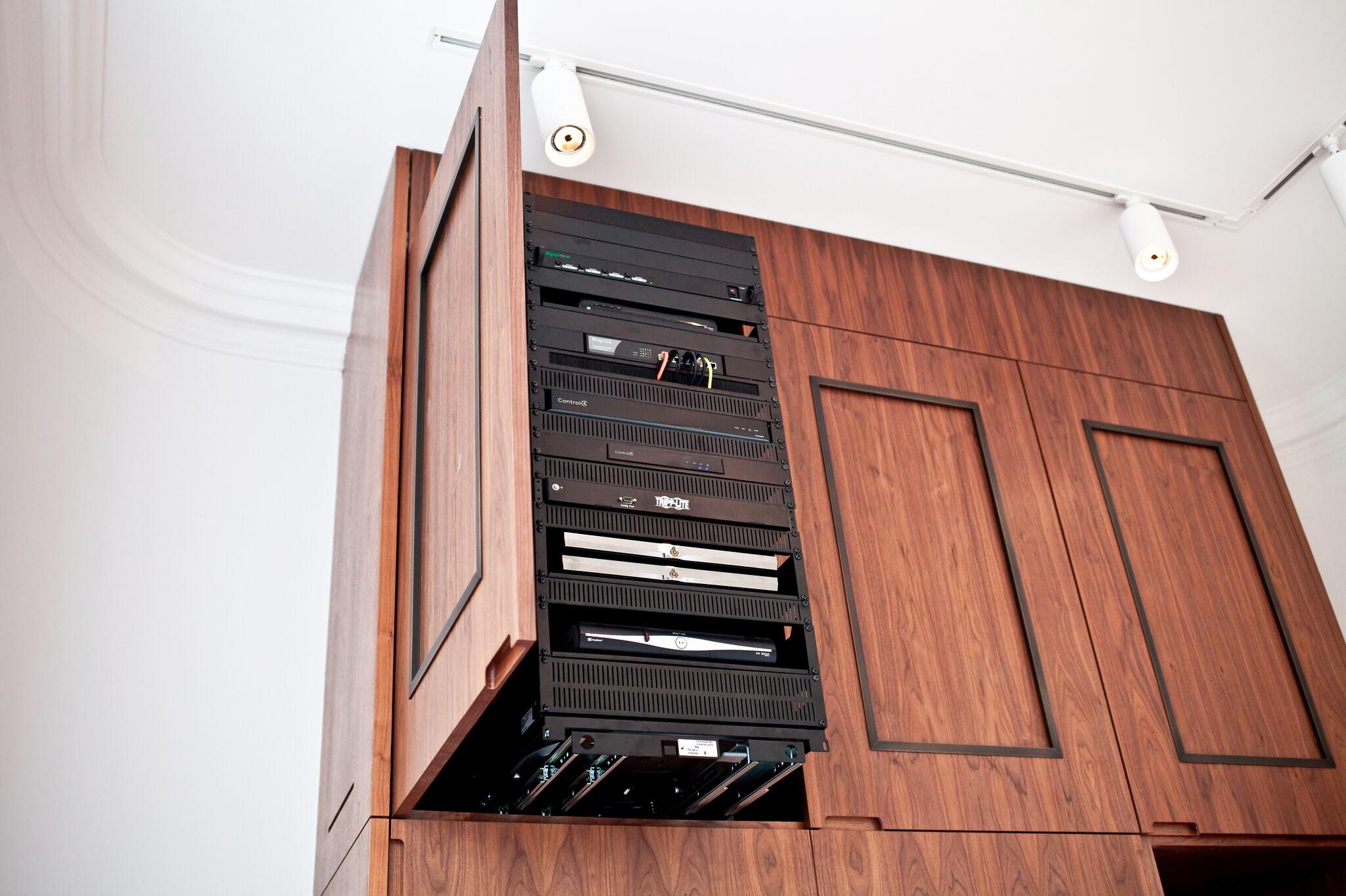 Smart Home Rack Heat Management